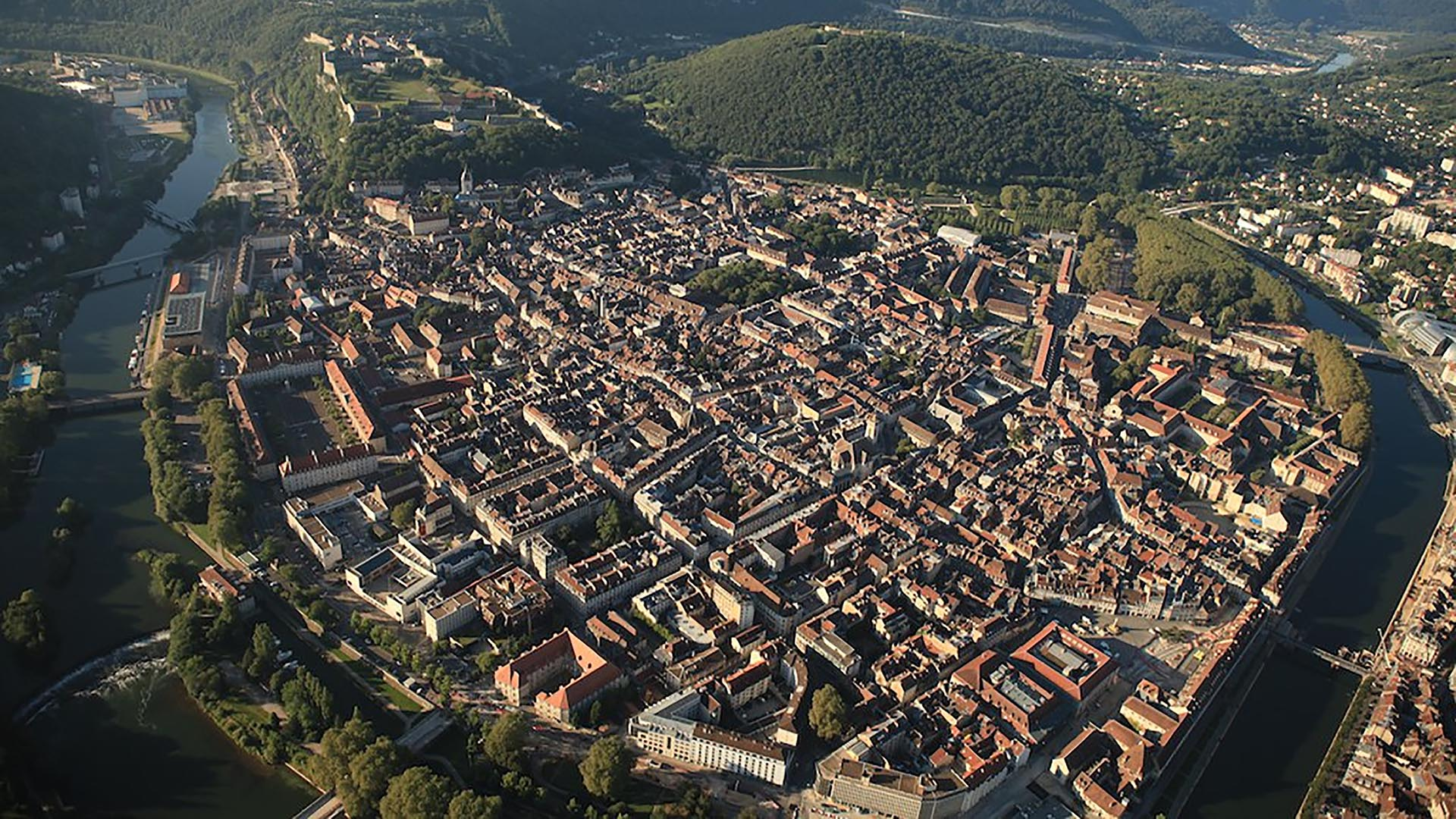 https://media.habiteo.com/images/residence_new/253/vue-panoramique-de-besancon-%2825%29.jpg?v=2