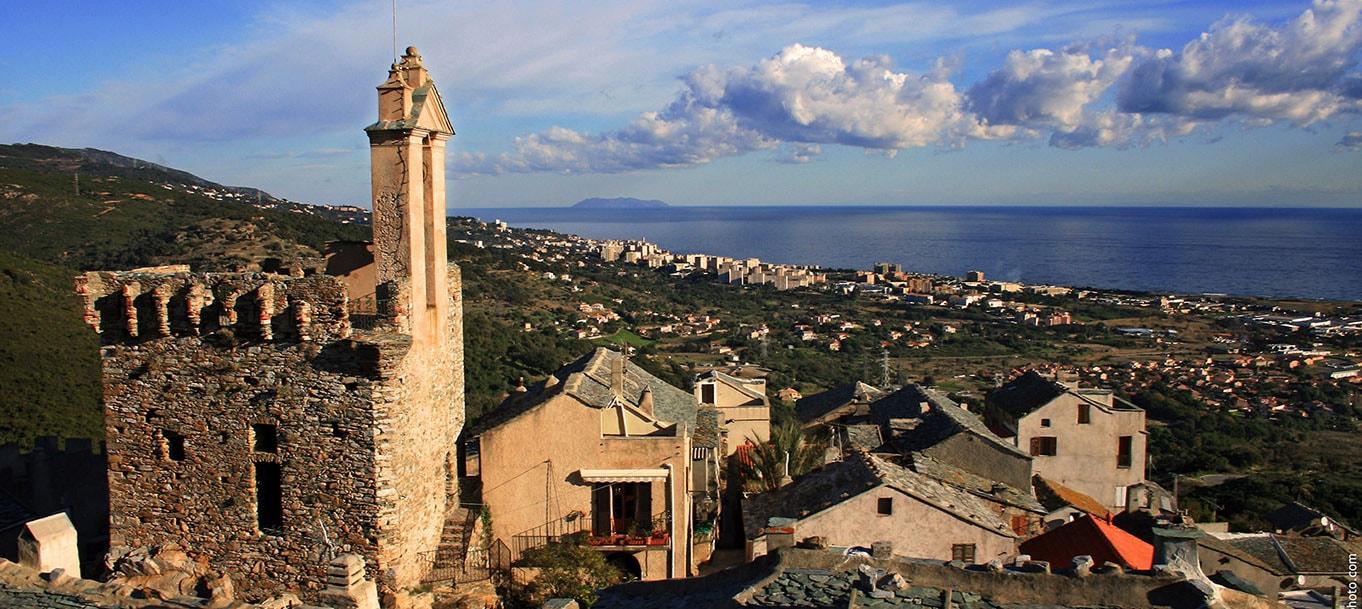 La résidence SANT' ERASMU situé à Furiani en Corse
